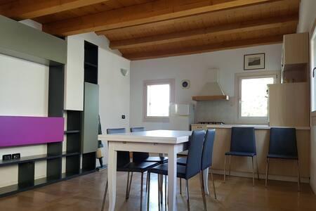 Accogliente casa - Bolzano Vicentino - Дом