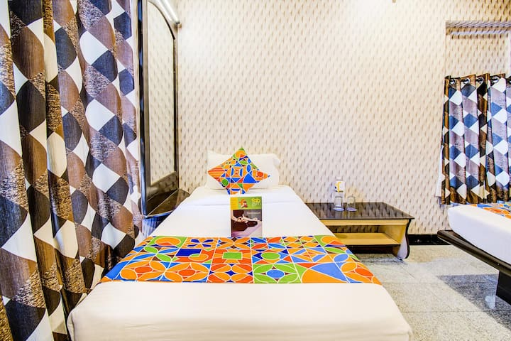 Deluxe Stay Cool Resorts in Pimpri-Chinchwad