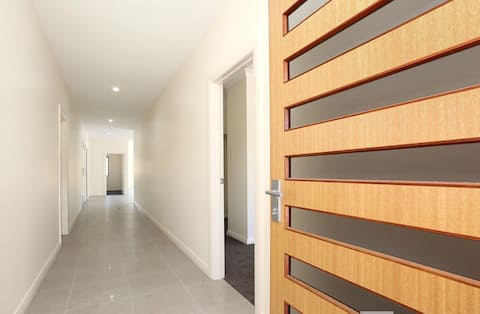 Brand new modern house in the Clare Valley