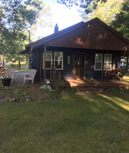 Cozy updated Cottage/Cabin on Lake Huron.
