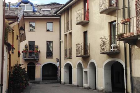 Le Joly Coin du Passage - Aosta - Byt