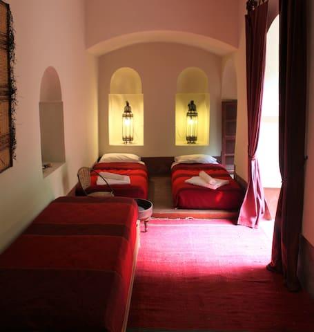 La chambre Touareg du riyad Dar el Calame