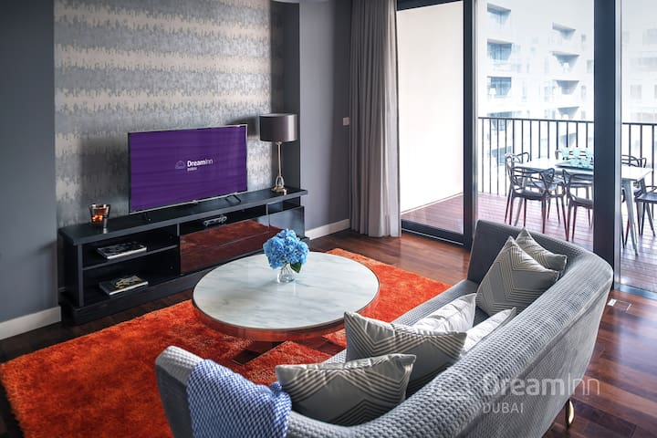 City Walk - Trendy 3BDR Apartment