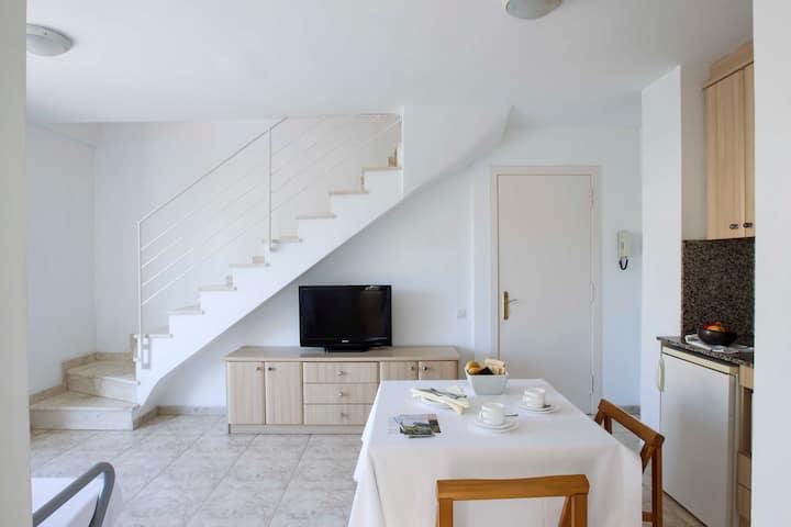 Bonito Apartamento Duplex Con Encanto 306