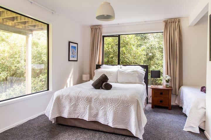 Modern Design in Tranquil Setting - Waiheke Island - บ้าน