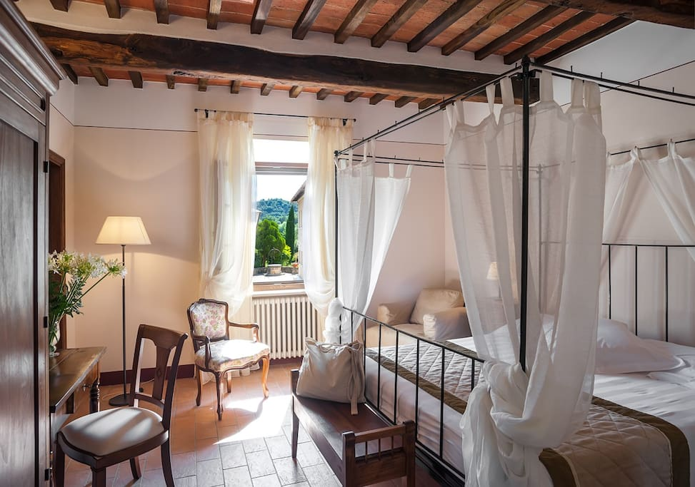 Charming b b with hot thermal spa bed and breakfasts for - Bagno vignoni b b ...