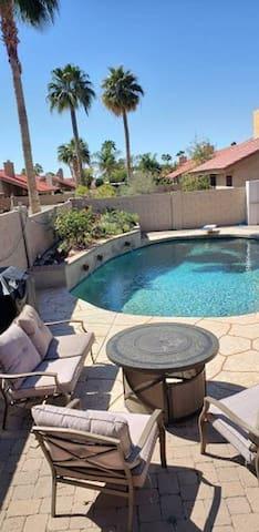 Sahuaro Serenity near Old Town Scottsdale + heated pool!