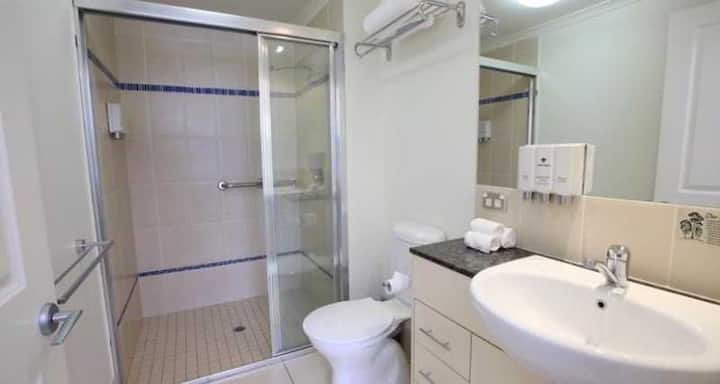 Stunning Double Executive At Cairns