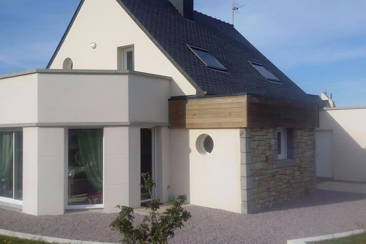 Maison Fréhel bourg Côtes d'Armor Bretagne - Fréhel - Hus
