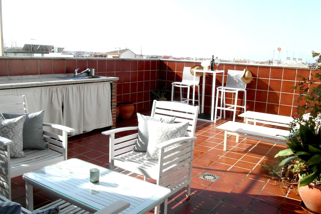 FULL EQUIPED PRIVATE TERRACE