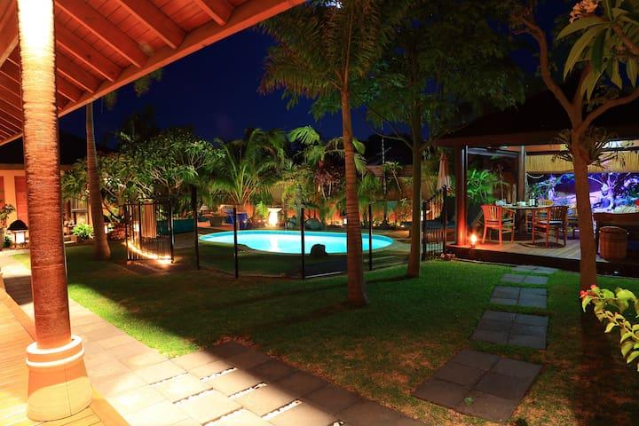 Bali@Avalon – Villa Tiga - Falcon