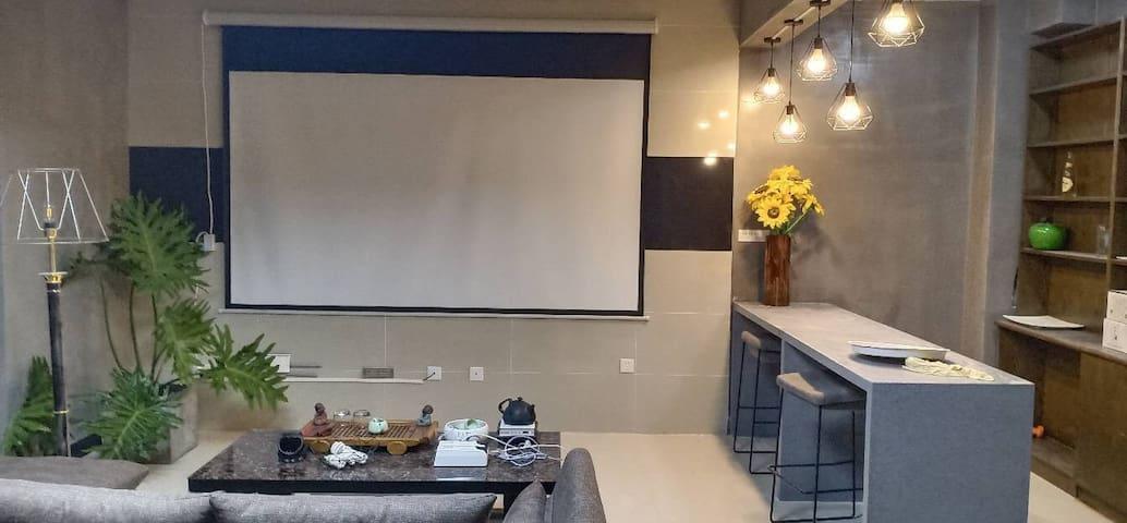 蒙自市金色碧海别墅民宿出租