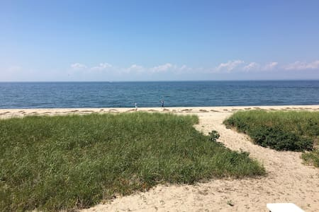 Beachfront home on the North Fork - Southold - Maison