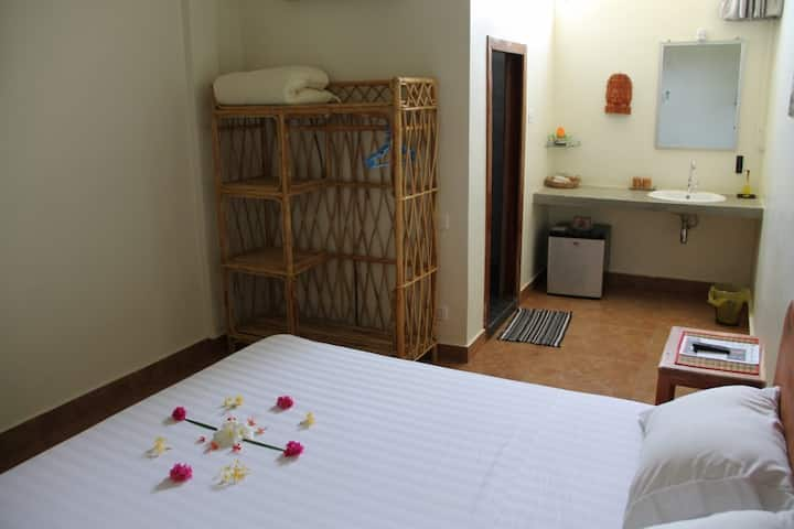 Delightful room for two in Battambang