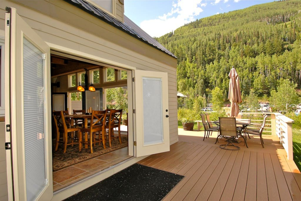Viking Lodge 100A - a beautiful place to stay, inside and out! This property is perfect for large groups.