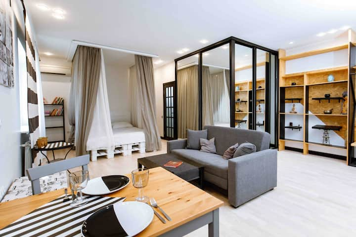 White&grey relax studio 🤍