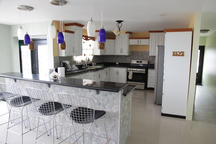 New Stunning Apartment