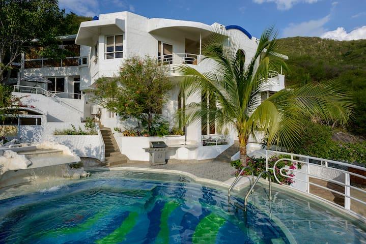 3 Double Rooms in Beautiful Villa, Discount Price! - Rodadero, Santa Marta - วิลล่า