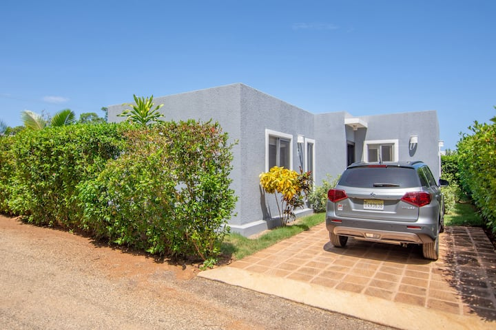 2 bedroom house with private pool