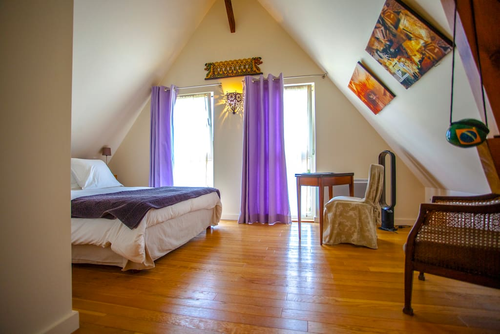 Chambre Sagan up to 2 guests - private bathroom and toilets