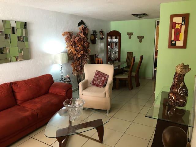 Acogedora casa para tu descanso