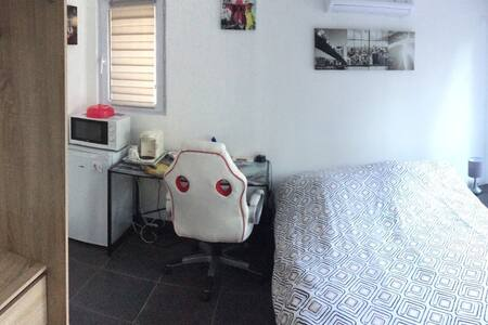 Studio indépendant