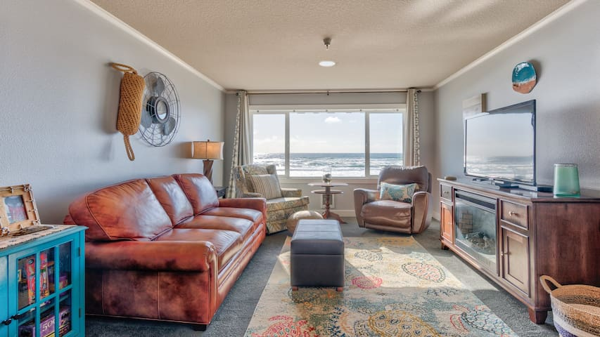 "302-""Seas the day"" Top floor beach getaway."