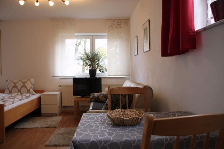 Apartment unterm Birnbaum