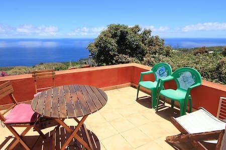 Bodega Goyo Apartamento A (dos dormitorios) - El Granel- Puntalla- Isla de la Palma