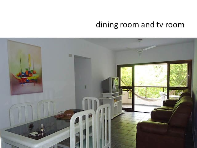 Apartment 150m from the beach w view of the forest