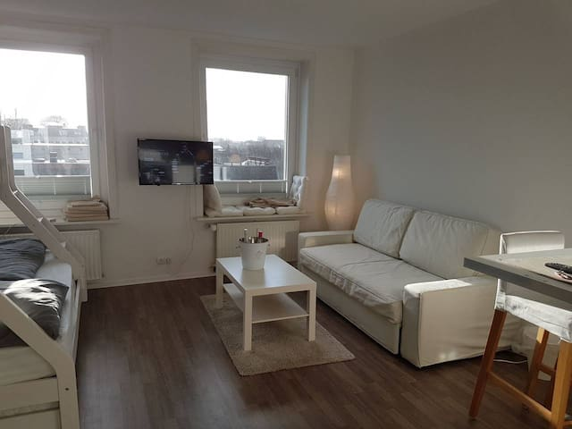 🌟 PRIVATE-Room No. 2+Central+Big+free Wifi🌟