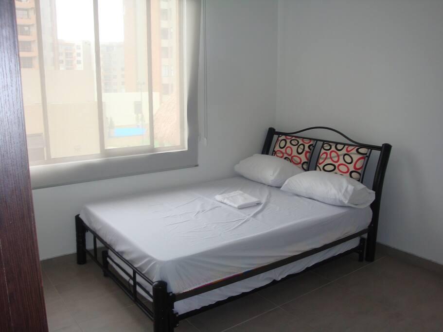 Habitacion Principal con cama auxiliar