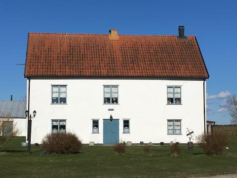 Gammal Stor Gotlandsgård från 1700-tal, Eksta