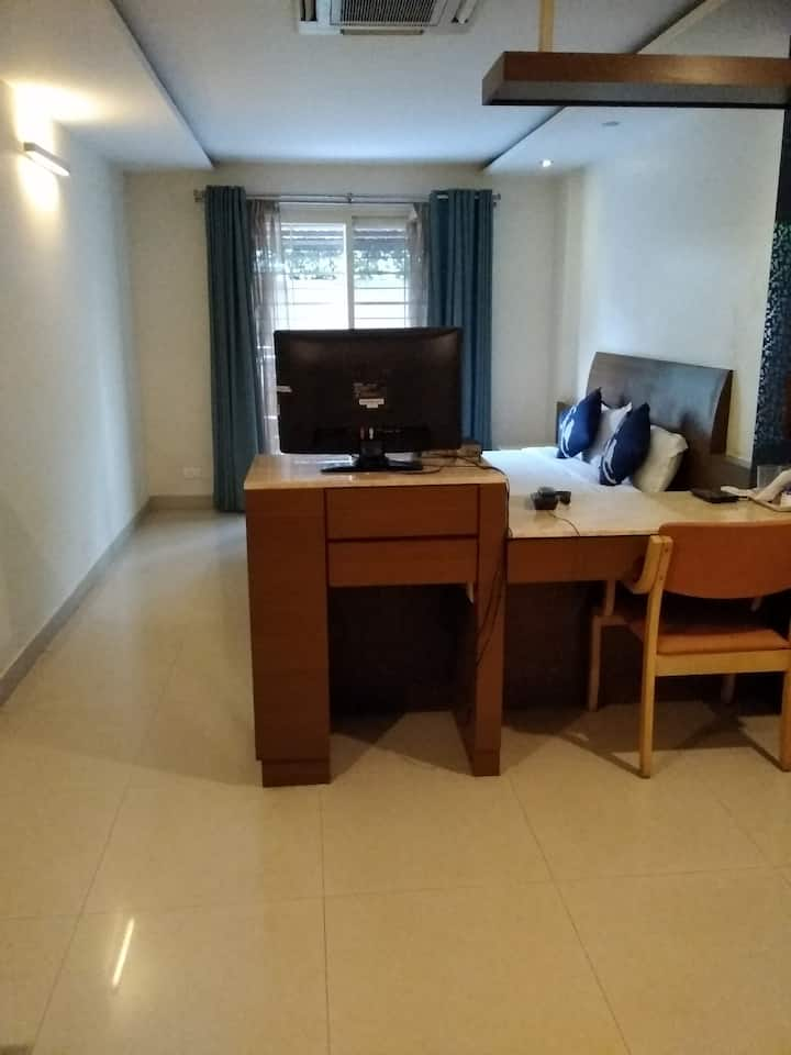 Studio 4 at the SLV Apartments on KRS road