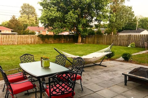 Cozy+CLEAN+Private Yard 3BD Downtown Fayetteville