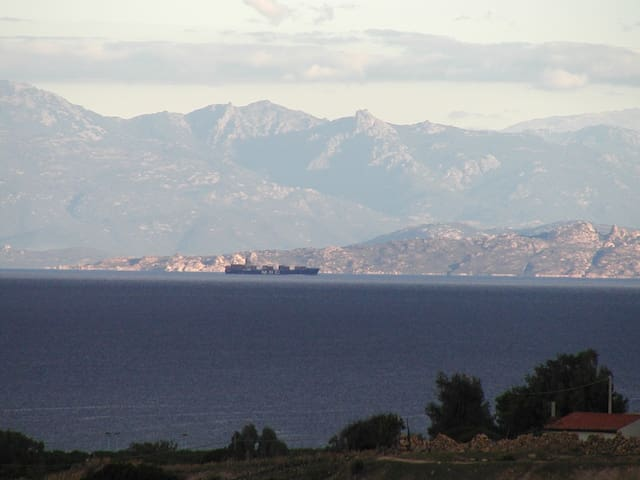 Casa vacanza vista panoramica - Vignola Mare - Huoneisto