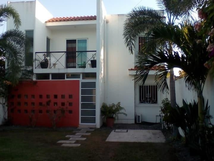 Best in San Blas Lower Unit (A)