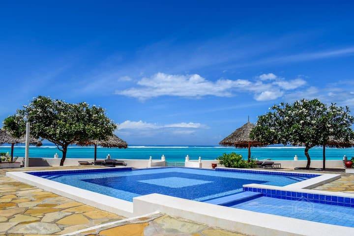 Fabulous Beach front Luxurious Home in Malindi, KE
