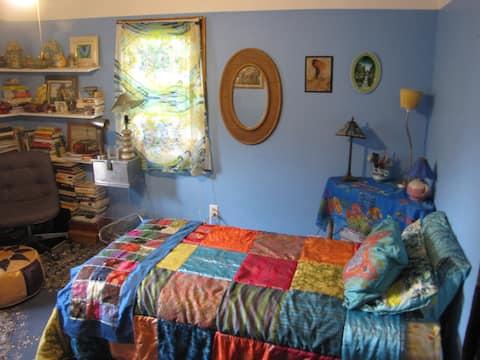 Mediterranean room near Brockport college