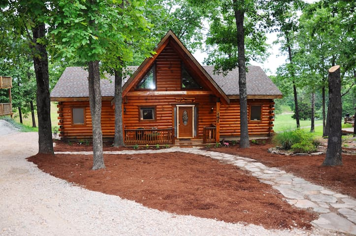 Amazing Premium Cabin, Hot Tub, Jetted Bathtubs, Fireplace, Near Entertainment - Ridgedale
