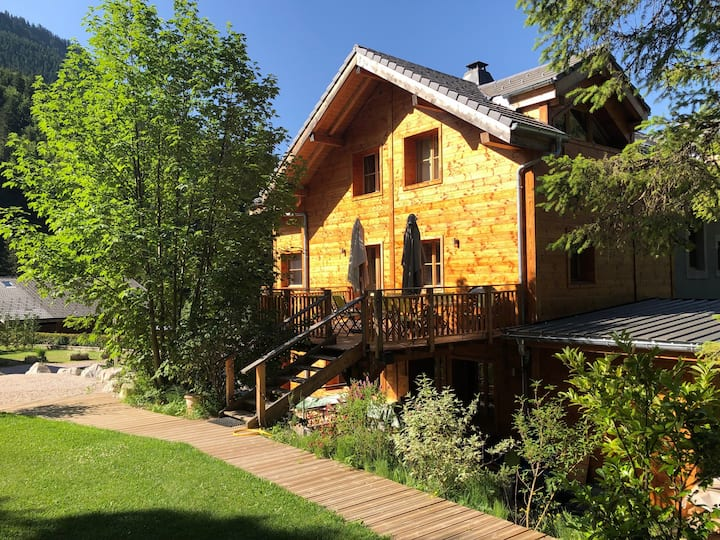 L'Ecuela, Luxury Chalet Rental near Morzine France