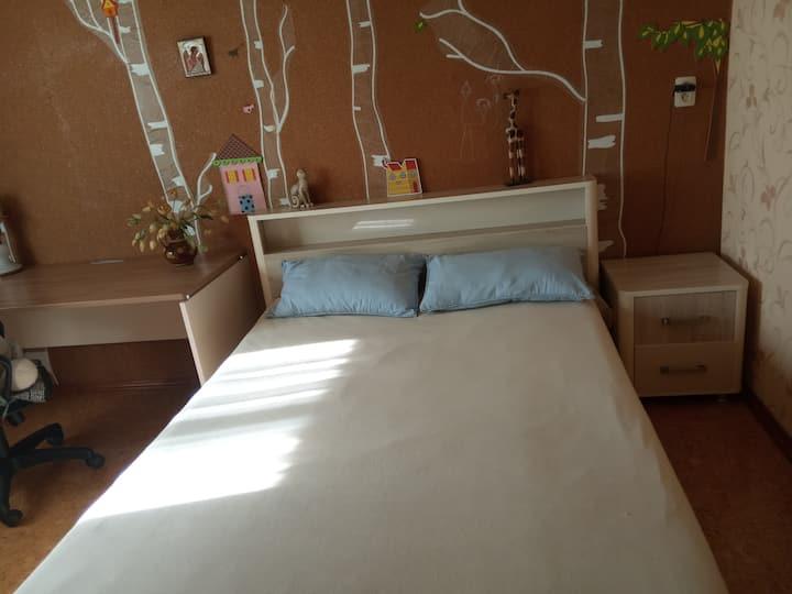 Уютная комната в частном доме близко от метро.