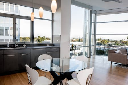 Penthouse Suite, Heart of  Pasadena - Pasadena - Loft