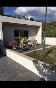 T2 villa proche porticcio plage - Huis
