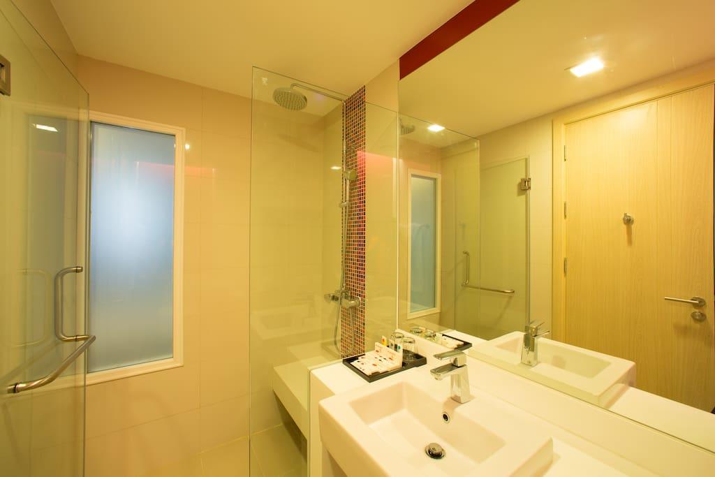 Superior Bath Room