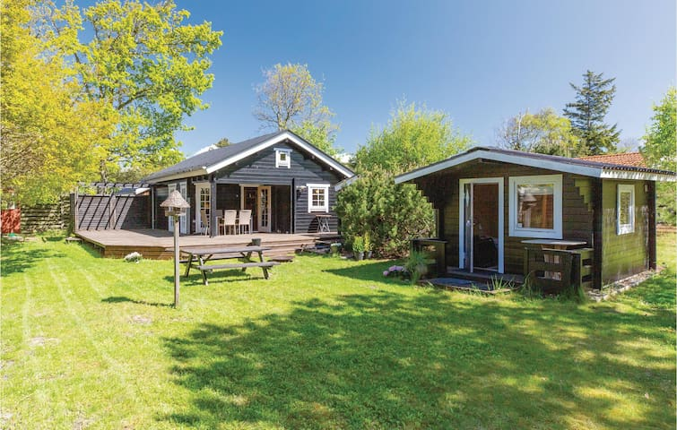 Holiday cottage with 1 room on 32m² in Gørlev