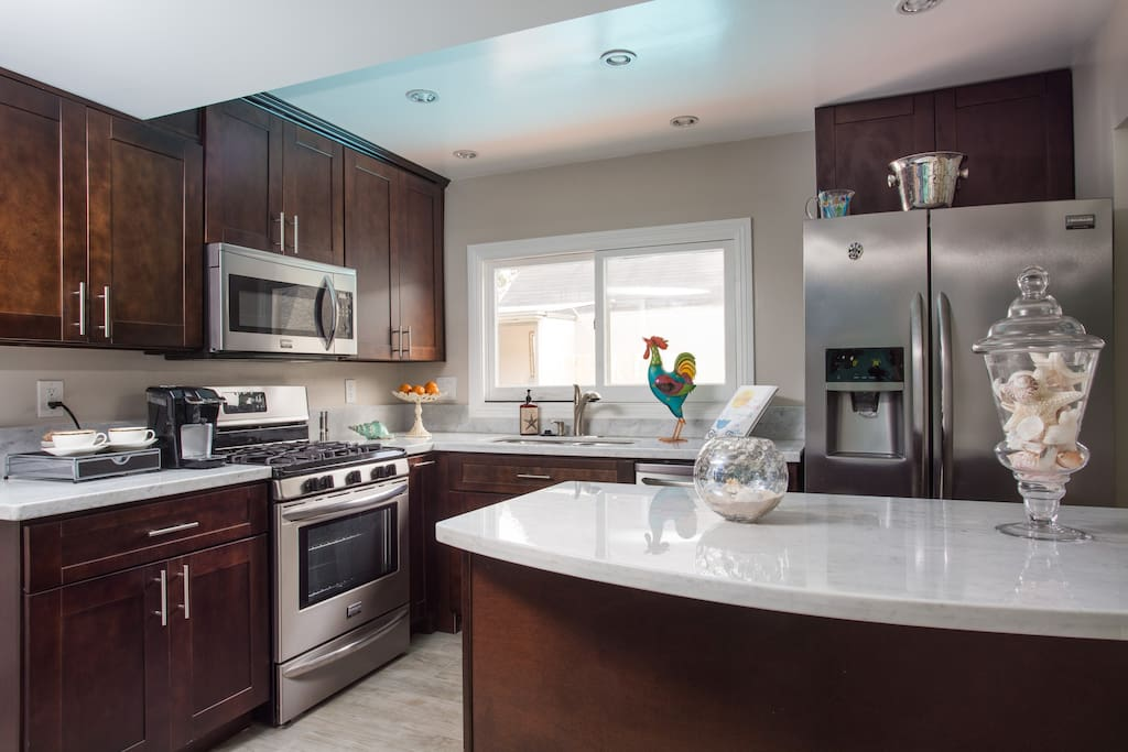 Full kitchen with all the amenities.  We'll provide the coffee!