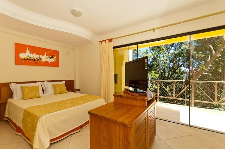Praia de Bombinhas Suíte para casal com cama king