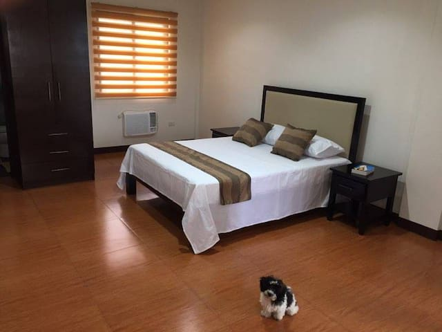 Hotel like stay in Tagaytay
