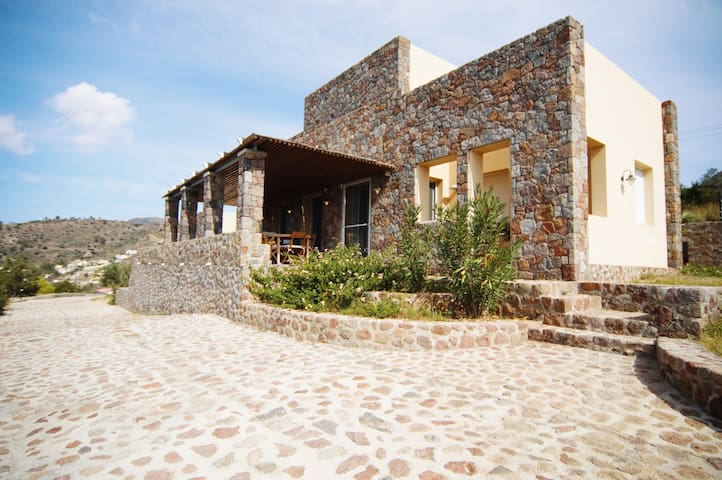 Elanion Villa II, with a pool and amazing view - Perdika - Villa